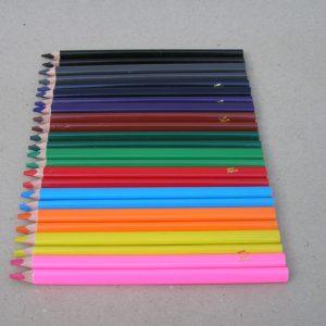 To af hver Filia 6mm farveblyant